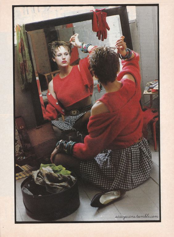'80s Fashion Nostalgia In the '90s | Her hair, Nostalgia ...
