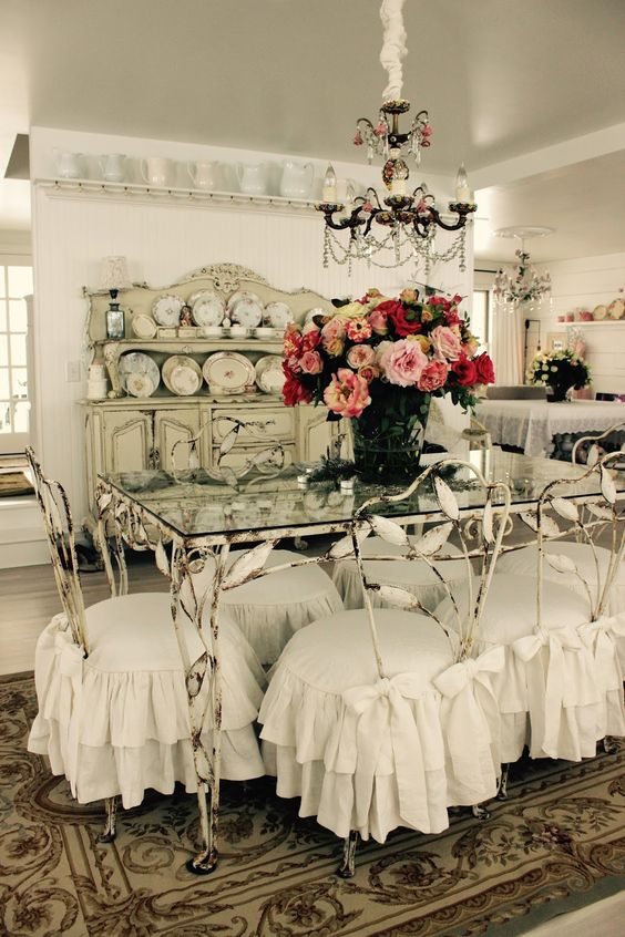 Custom Slipcovers by Shelley: Shabby Chic ruffled slipcovers:
