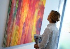 The young Turkish artist Aylin Yavuz at MANZARA Gallery lounge
