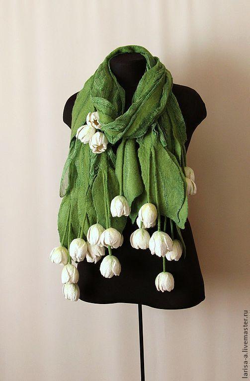 """Купить Валяный шарф """" Белые тюльпаны"""". - белый, цветочный, валяный шарф, валяный шарфик:"""