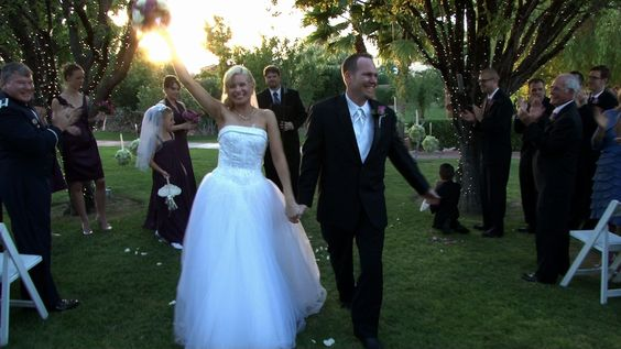 Melissa & Zachary married at The Grove.
