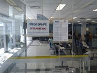 Taís Paranhos: Procon fecha área de negócios do BB de Igarassu