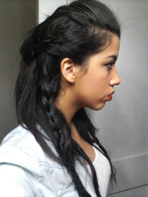 Finally found a good tutorial for Lagertha's battle hair: http://jayyonfire.tumblr.com/post/47906532931/how-i-did-lagerthas-battle-hair