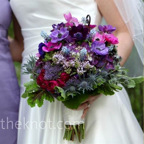 buchetul cu anemone mov purple inspiratie mireasa nunta
