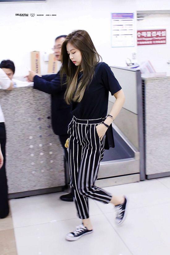 Blackpink Jennie Fashion Official Korean Fashion Dengan Gambar