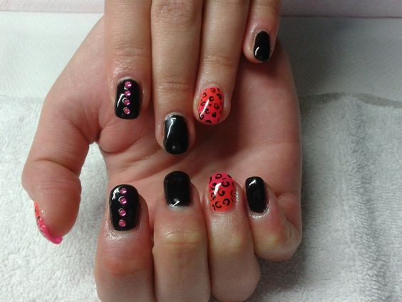 Extensions gel vernis semi permanent noir et d grad rose orange strass nail art for Bureaux adolescente noir et strass