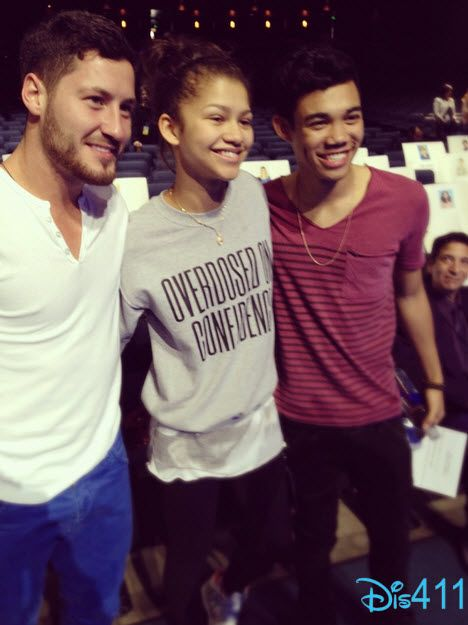 Zendaya With Val Chmerkovskiy And Roshon Fegan At The RDMA Rehearsals
