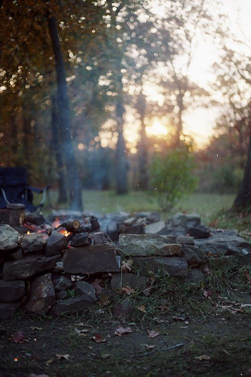 pureblyss: This is exactly how my evening was spent—sitting around a fire with a lot of Jesus-loving people.