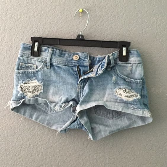 Hollister Shorts Light Hollister shorts. Worn many times but still in good condition. Hollister Shorts Jean Shorts