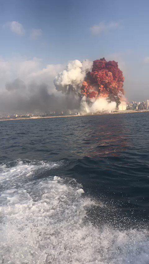 Malak Khalil ملاك خليل On Twitter انفجار في بيروت Instagram Explosion Seaside