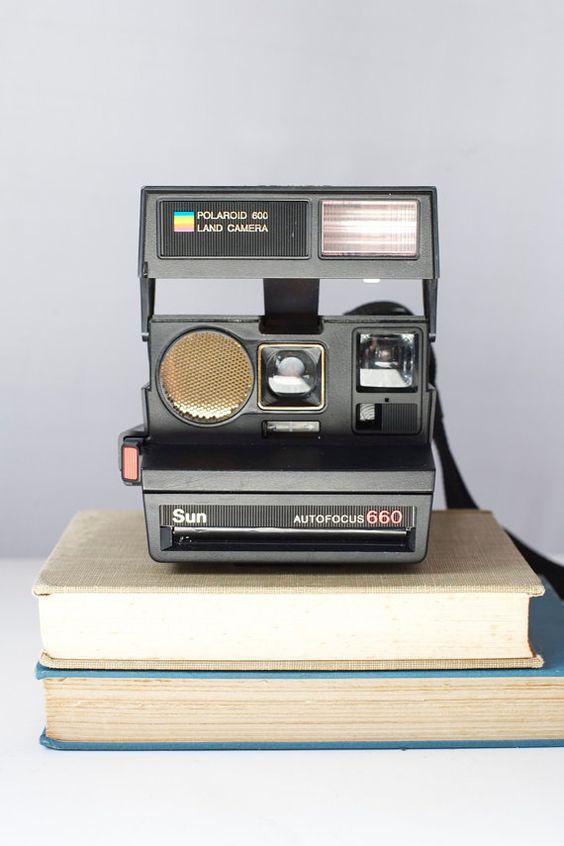 polaroid sun 660 instamatic land camera polaroid sun and cameras. Black Bedroom Furniture Sets. Home Design Ideas