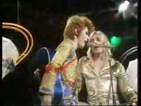 Ziggy Stardust And The Spiders From Mars - Starman Live In 1972 David Bowie