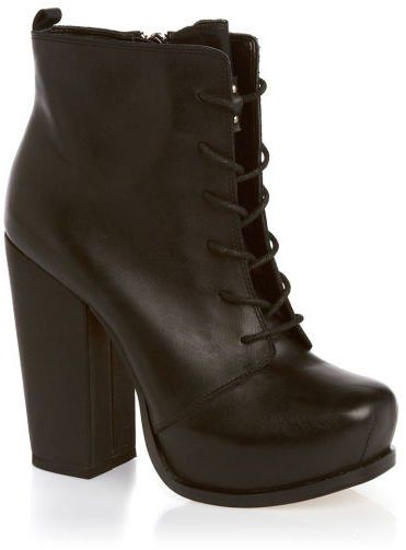 Pin for Later: Put Your Best Foot Forward With These Winter Boots Sales BCBGMAXAZRIA Women's BCBG Ithanka Boots BCBGMAXAZRIA Women's BCBG Ithanka Boots (£39, originally £130)