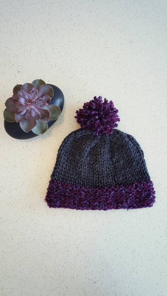 Chunky knit slouchy pom pom hat