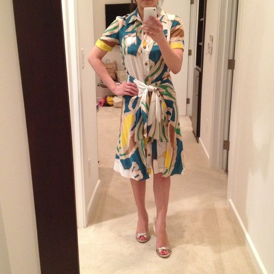 Auth Diane von Furstenberg silk dress sz0 Authentic DVF 100% silk native river print dress in size 0. Purchased at Saks, worn once. All tags and extra button included. Diane von Furstenburg Dresses