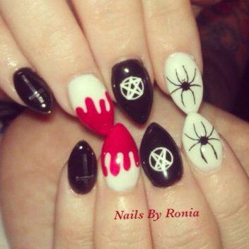 Halloween nails, minus the pentagram: Halloween Costume, Holiday Nails, Nails Halloween, Nails Fall, Hair Nails, Armageddon Nails, Nails Bitch, Halloween Nail Art, Halloween Nails