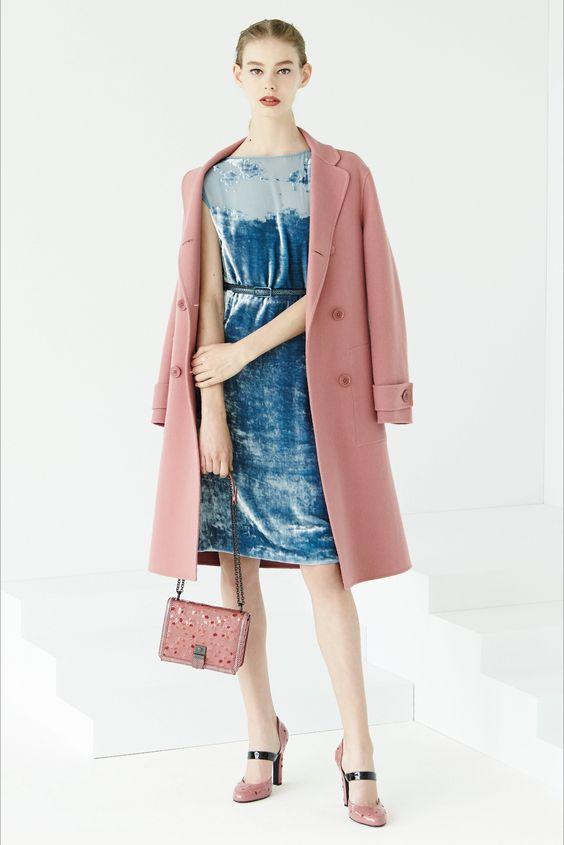 Guarda la sfilata di moda Bottega Veneta a Milano e scopri la collezione di abiti e accessori per la stagione Pre-collezioni Primavera Estate 2017.