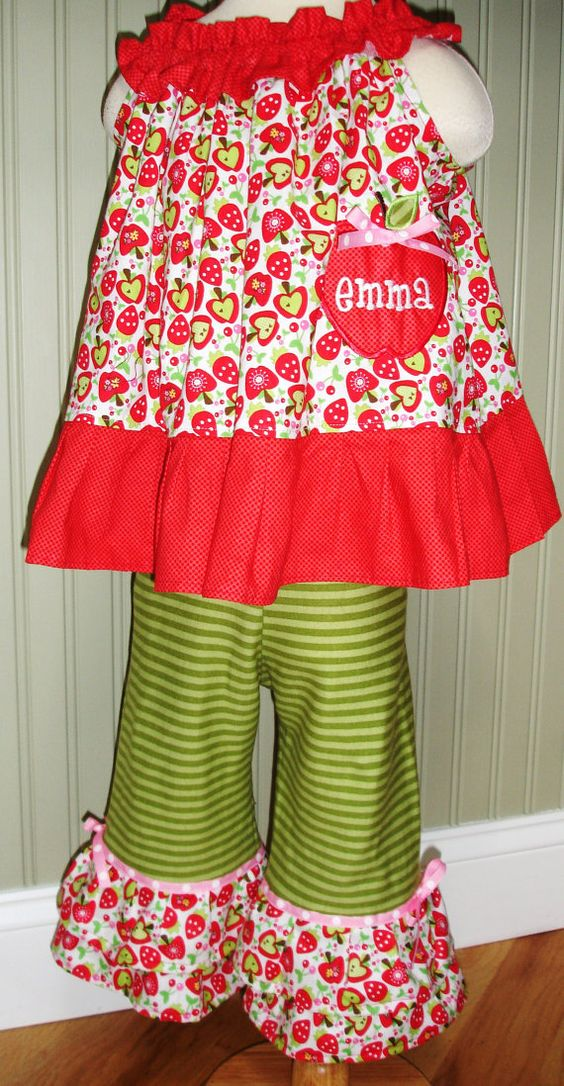 a8bd8d25f34ad752581888a41f17a6b7 - First Day Of School Outfit Kindergarten
