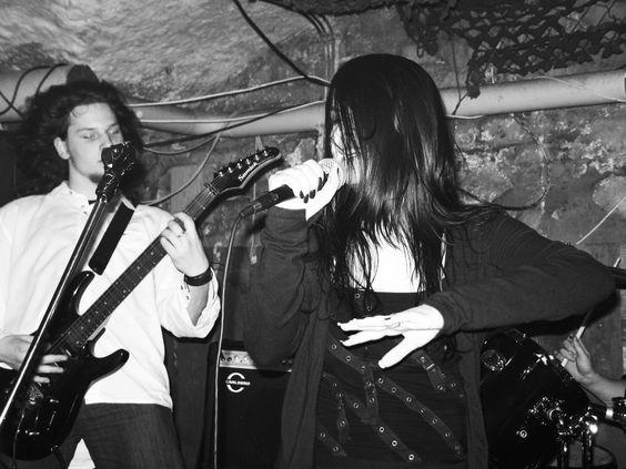 Photo by me. Photo: Diána Rigó #singing #black #dark #gothic #hair #concert #photography