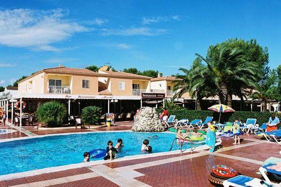 Apartamento de Vacaciones en Cala Blanca, Islas Baleares, España. 1 Dormitorio + 1 Baño + 5 Plazas > http://ow.ly/lyD9Q #AlwaysOnVacation