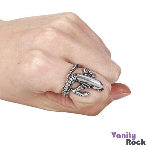 Anel Alien  Visite nossa loja: www.vanityrock.com.br
