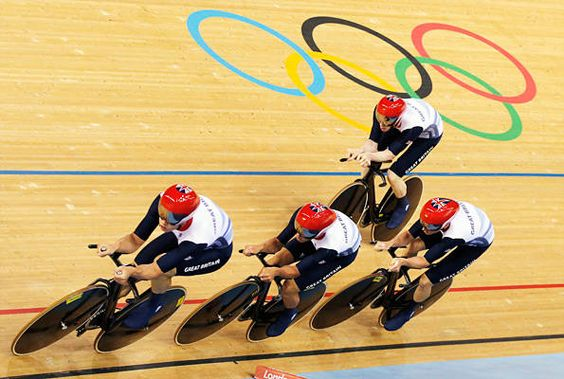 Cycling – men's team pursuit - Gold for Great Britain