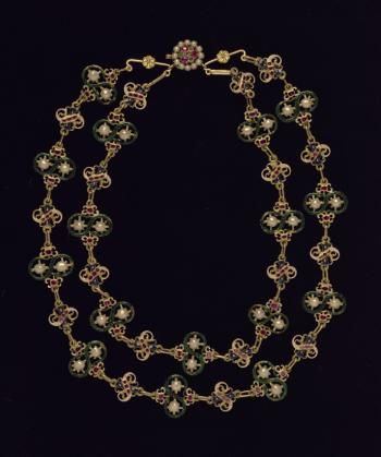 Necklace  Description Necklace of gold enamelled links set with pearls, rubies and garnets dating to late 16th or early 17th century it is part of a collar which belonged to the Seton family it is said to have been gifted by Mary Queen of Scots prior to her death in 1587 to her companion Mary Seton  © National Museums Scotland.  On loan from a Private Collection.  Museum reference IL.2001.50.34