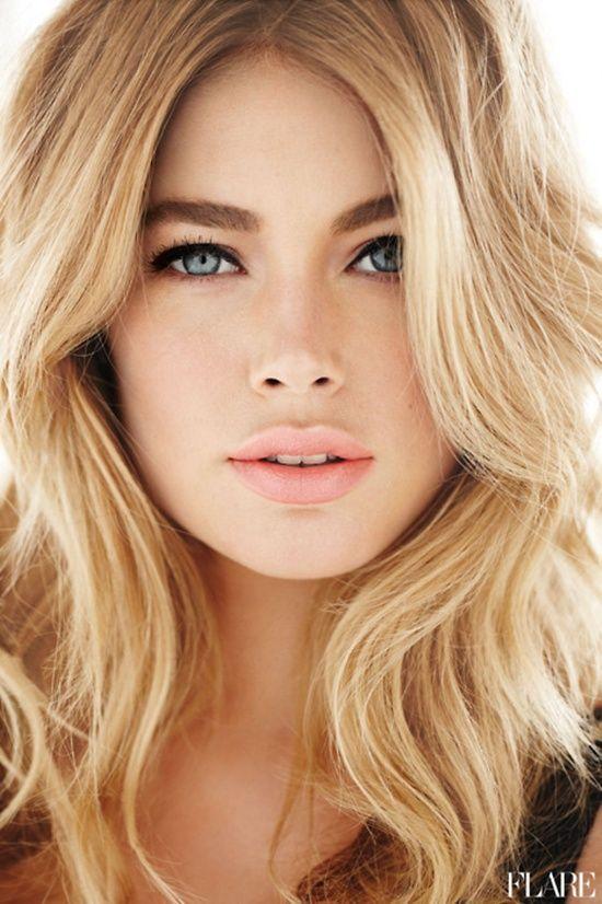 Imagini pentru blonde with blue eyes