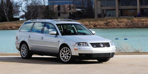 Pin By Artisted On Autos Wagon Her Tail In 2020 Vw Passat Volkswagen Passat Wagon Cars
