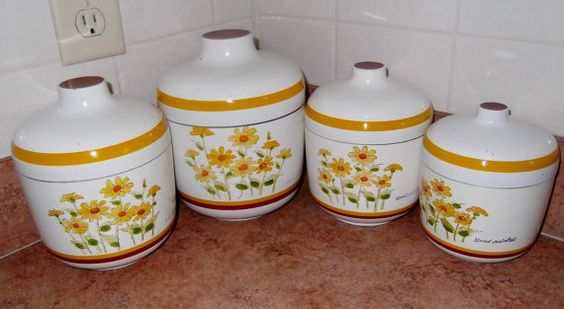 Vintage Sears Roebuck and Co Canister Set 1977 Vintage Canisters: Canister Sets, Kitchen Canisters, Vintage Dishes China, Vintage Canisters, Susiesellsvintage 30, Canisters Old New, Cookie Jars, 30 00