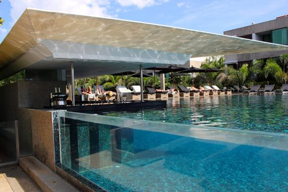 Where to stay in Phuket: b-lay tong