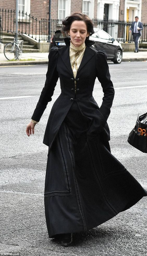 Spooky:Eva Green looked daunting as she swept through Dublin on Monday wearing an imposing costume while filming the third season of Penny Dreadful