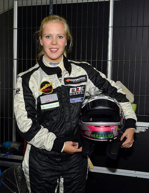 Nanna Gotsche Porsche 997 Cup Artthea Sport Dnk