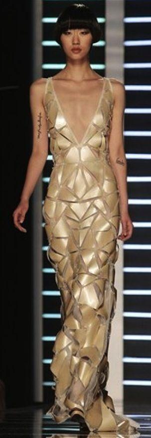 Fausto Sarli Fashion #gold #metallic #fashion
