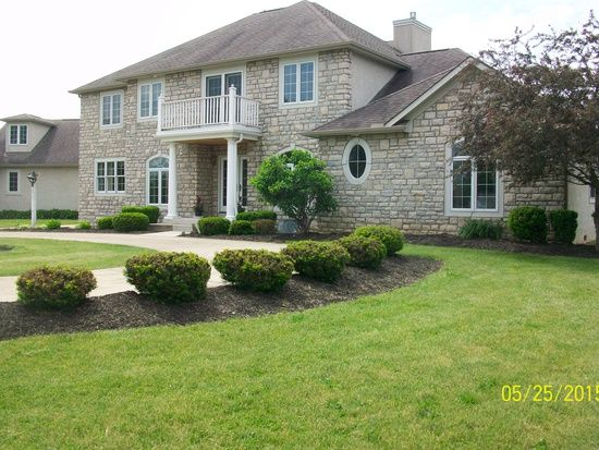 1421 Borror Rd Grove City Oh 43123 Zillow Grove City Zillow House Styles