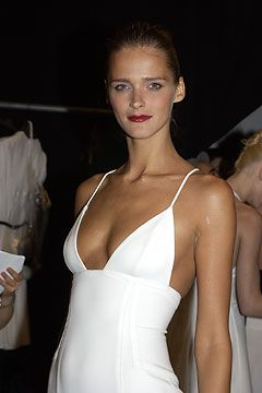 Fall 2003 Ready-to-Wear  Narciso Rodriguez - Backstage