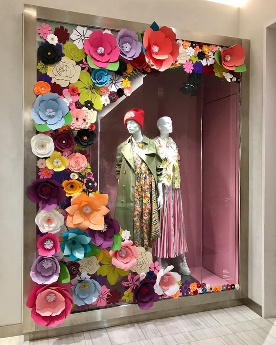 #spring #windows @saks #interior. Flowers and installation by @katymikeladze #creativemind #talent #flowers #colors #saks #visualdisplay…