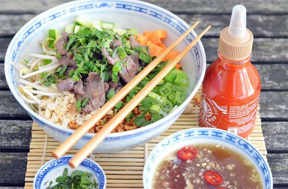 [Vietnamese Cuisine] Bun Bo Nam Bo - vietnamesischer Reisbandnudelsalat mit Rindfleisch