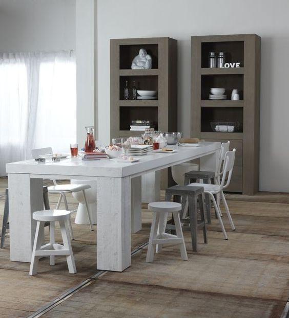 House on pinterest - Grote ronde houten tafel ...