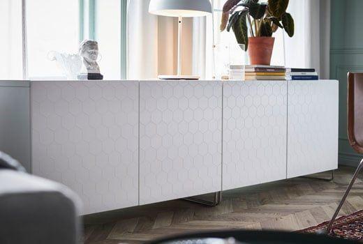 Rangement Et Meuble Tv Salon Besta Blanc Vassviken A Motifs Hexagonals Ikea Meuble Bas Meuble Bas Salon Meuble Bas Rangement