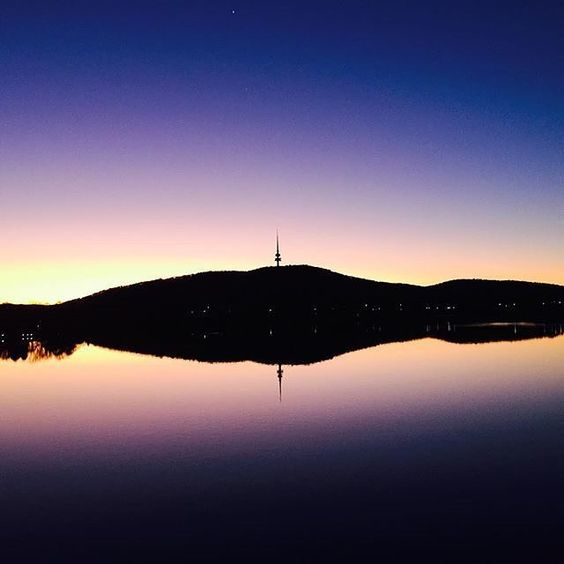 On your next trip to the capital, make sure you spend time on or around beautiful Lake Burley Griffin in the centre of Canberra. The lake covers 664 hectares with a shoreline of 40.5 kilometres, so you have plenty of room to walk, run, sail, kayak or ride like Instagrammer @kyla_upton did. #visitcanberra