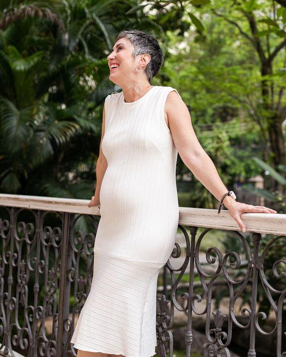 """Ana Soares on Instagram: """"15 semanas e 6 roupas que servem no armário. Na hora de escolher look, o drama, mas acaba que a pança nem precisa de muito enfeite 🥰 . .…"""""""