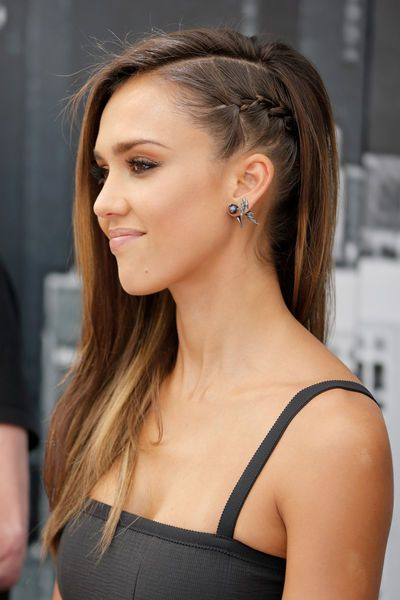She is so pretty! And i love her fake Sidecut!