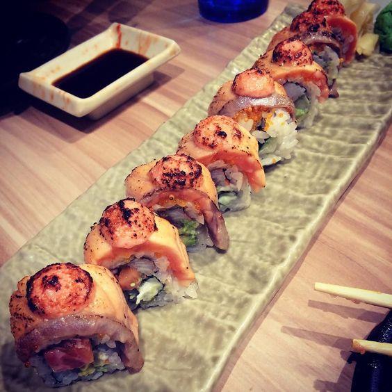 #thesushibar #japfood #aburi #salmon #maki #yummy #happyholiday by corpse_iris