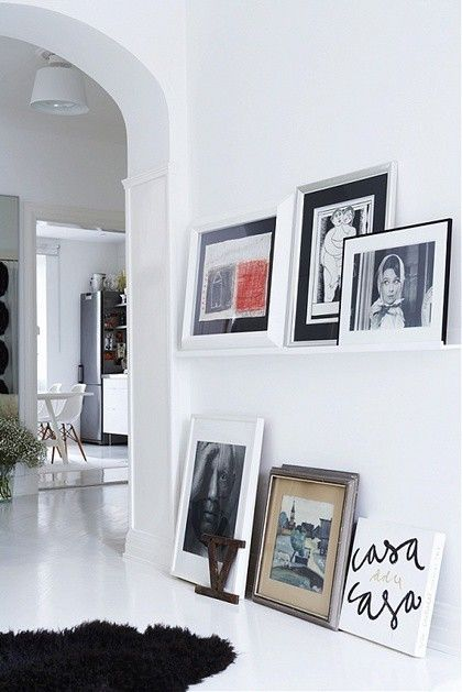 love that part of this gallery is on the floor!