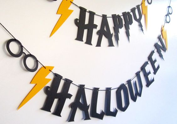 Harry Potter Halloween, Harry Potter Theme, Happy Halloween Banner, Lightening Bolts, Harry Party Party, Harry Potter Font,Black and Yellow by BigKidBanner on Etsy https://www.etsy.com/listing/250713995/harry-potter-halloween-harry-potter