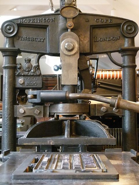 An Albion Press. O loved working on one of these in school!