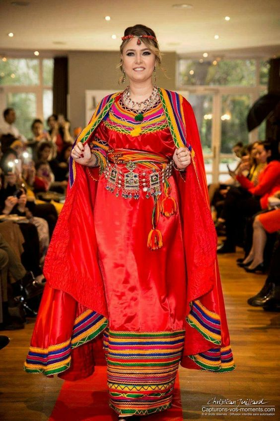 Mariage Algérien,Robe Kabyle Moderne, Robe Berbere, Tenue Traditionnelle  \\\\u2026