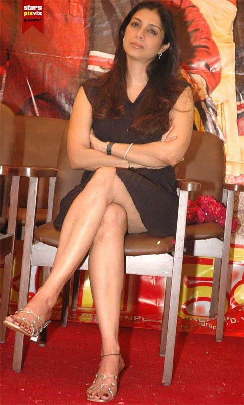Indian actress pantyless photos-7005