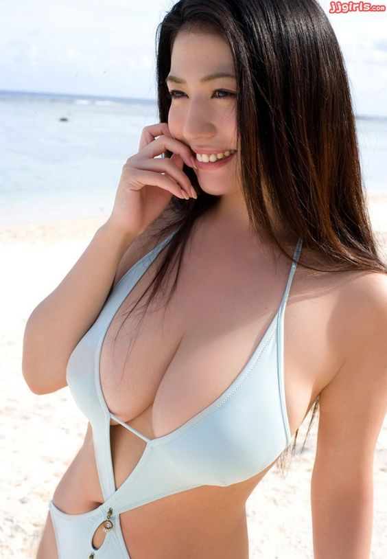 Wow so many HOT Asian Girls Naked on CuteSexyAsianGirlsHot.tumblr.com Follow and get horny with their beautiful nude pictures